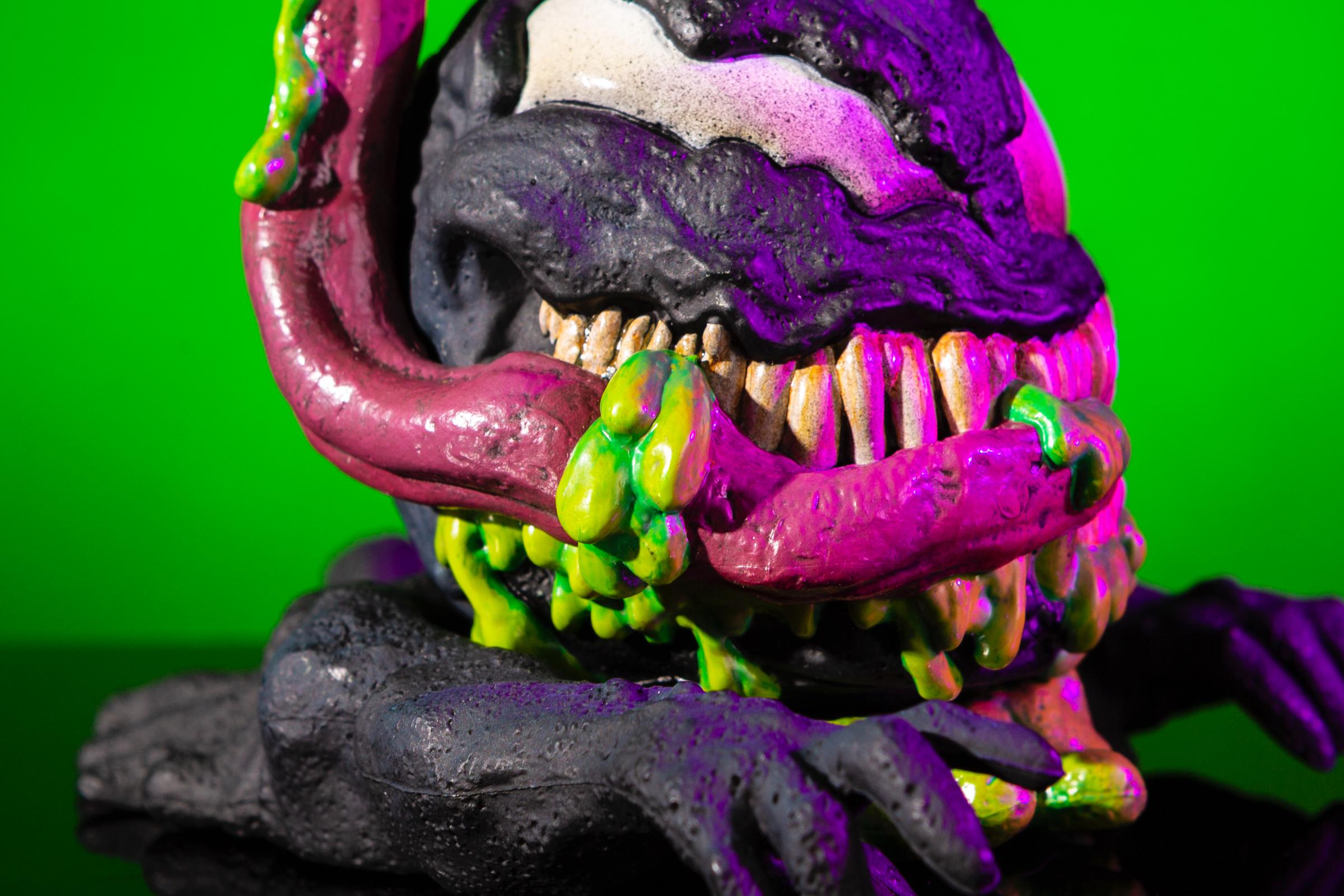 Venom Mondoid Vinyl Figure